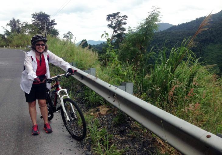 biking and cycling to Mui Ne beach from Da Lat